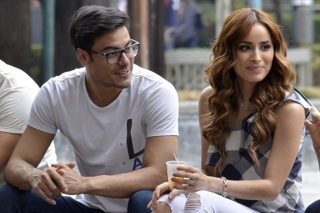 Carlos Rivera pelea con Antonio Gaona por su novia Cynthia Rodríguez