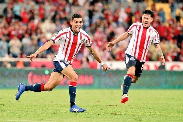 Chivas no le preocupa la salida de Orbelin Pineda