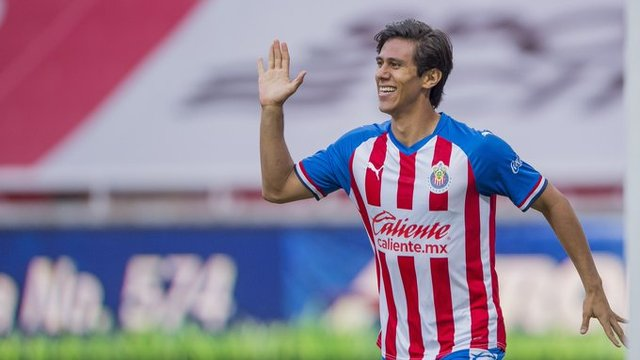 Peláez considera que JJ Macías aun es muy joven