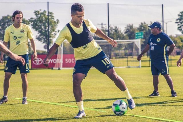 Giovani dos Santos no podrá debutar aún con América
