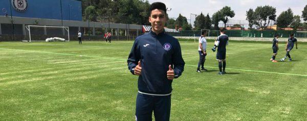 Pol Fernández ya entrenando con Cruz Azul