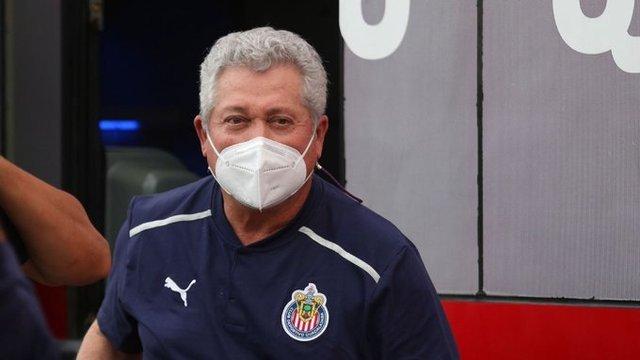 Vucetich asegura que es desventaja jugar con mexicanos