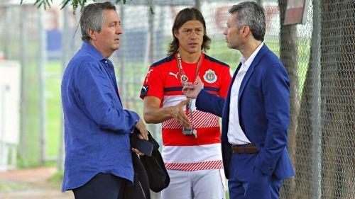 Vergara  al parecer ya no toma en cuenta a José Luis Higuera