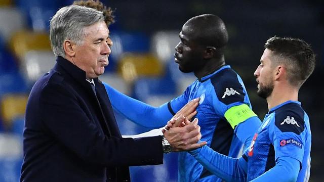Nápoles cesa a Carlo Ancelotti