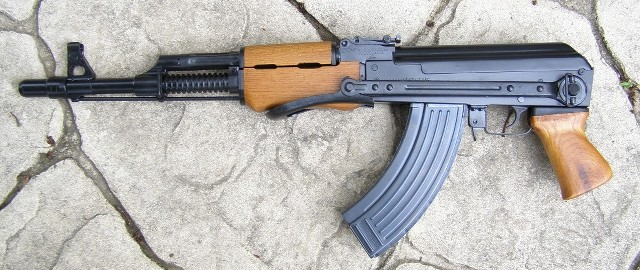 Making an M70B1 from a Yugo RPK kit?