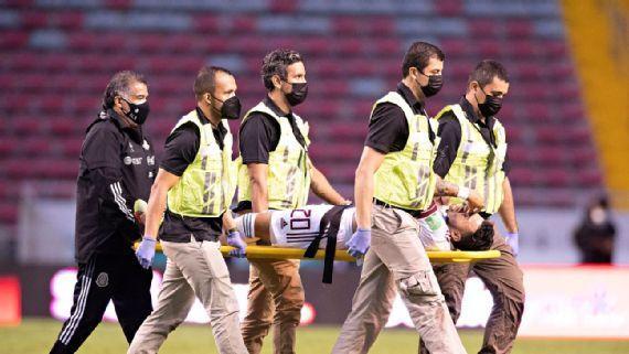 Alexis Vega sufre fuerte lesión ante Costa Rica