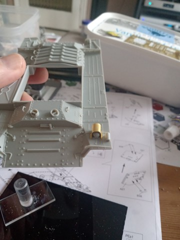 Valentine build - upper hull 1