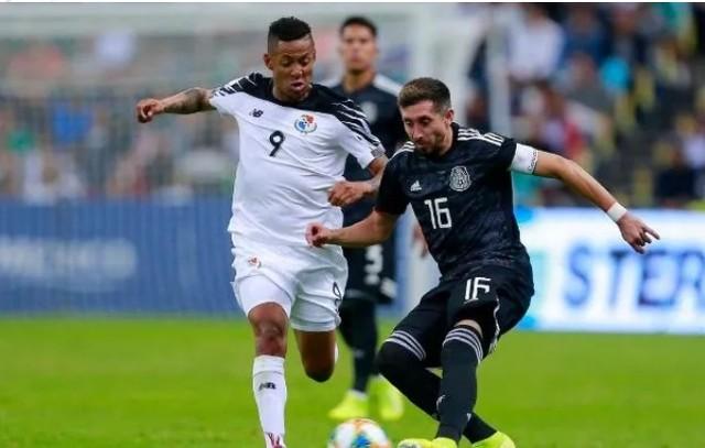 Pumas insiste con Gabriel Torres  para reforzar delantera