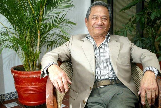 Falleció Armando Manzanero a los 86 años a causa de un paro cardiaco