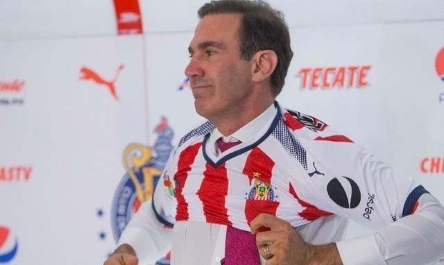 Directiva de Chivas espera retener a sus jugadores