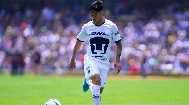 Felipe Mora tiene opciones para dejar Pumas