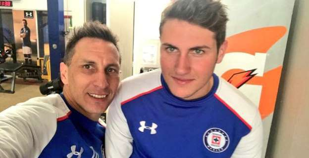 Messi felicita en su cumpleaños a  jugador del Cruz Azul