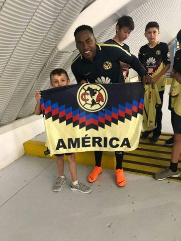 América renovará contrato de  Renato Ibarra