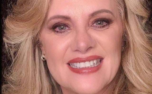 "Albertano y Érika Buenfil  cantan ""Tusa"" en tik tok"