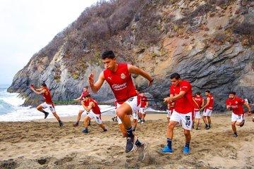 Tres lesionados de Chivas en la Pretemporada Apertura 2021