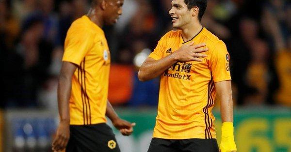 Gran gol de Raúl Jiménez ante el Torino (Video)