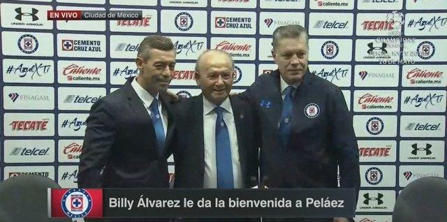 Cruz Azul presenta oficialmente a Ricardo Peláez como directivo