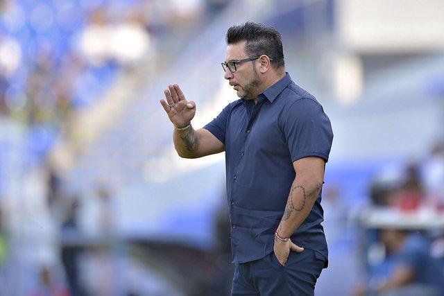 Antonio Mohamed deja de ser técnico de Rayados