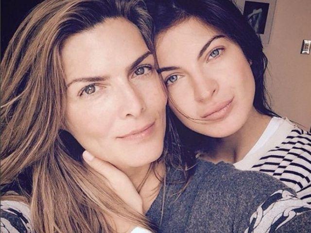 Filtran fotos intimas de Montserrat Oliver y su novia