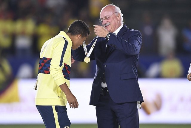 Giovani dos Santos causa sensación a su llegada con el América
