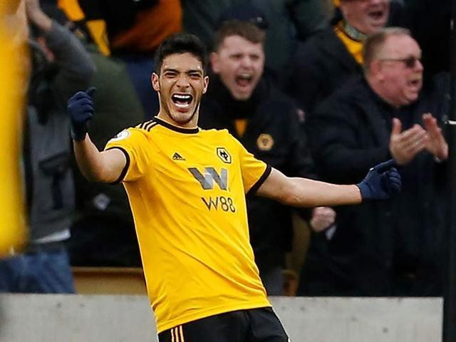 Wolverhampton gana a Cardiff City con gol de Jimenez