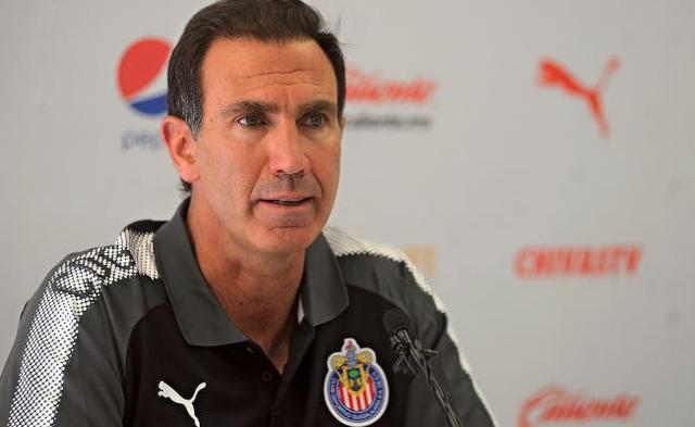 Paco Gabriel de Anda asegura que el futbolista mexicano quiere ir a Chivas