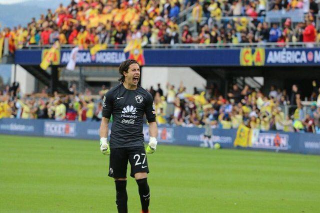 Motivo por el que  Óscar Jiménez, ni en Copa MX juega
