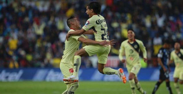 Mamá de Diego Laínez muy emocionada con goles de su hijo