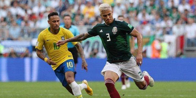 Carlos Salcedo pensara seguir en la Selección