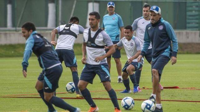Javier Salas, Milton Caraglio y Stephen Eustáquio listos para el próximo partido