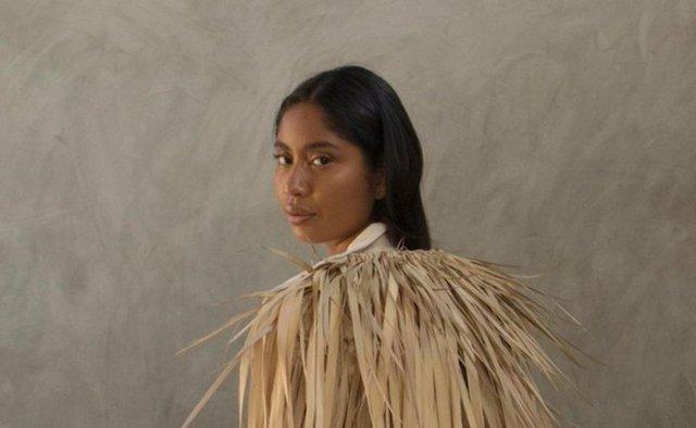 Karen Vega, la primera modelo oaxaqueña en portada de Vogue