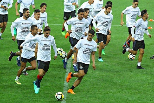 Jugadores de Chivas cumplen su palabra y no se presentan a la Pretemporada