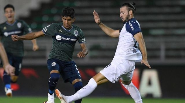 Gastón Silva podría venir a Pumas y gratis