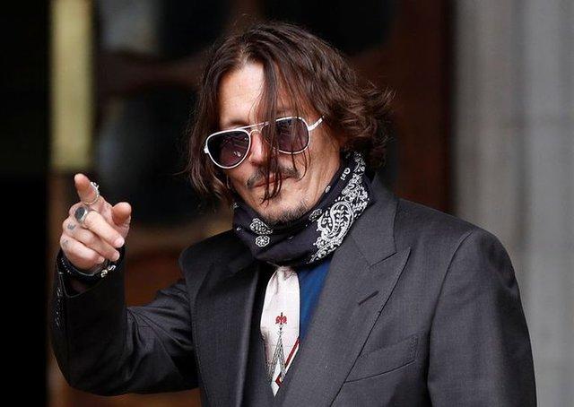 """Johnny Depp demanda a periódico ingles """"Sun"""" por difamación"""