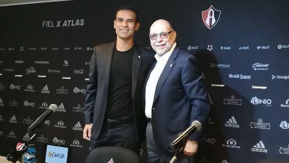 Rafael Márquez es presentado como Presidente Deportivo del Atlas