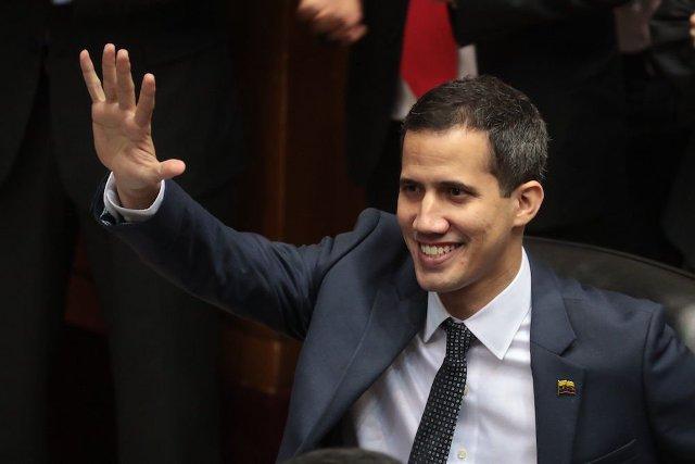Estados Unidos reconoce a Juan Guaidó como presidente interino de Venezuela