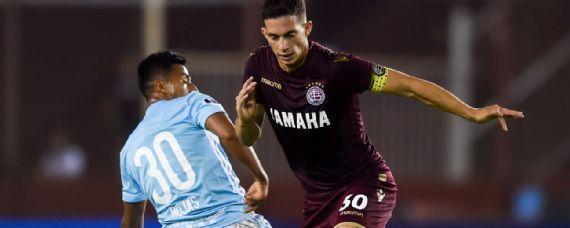 Marcone confirma interés de Cruz Azul por sus servicios