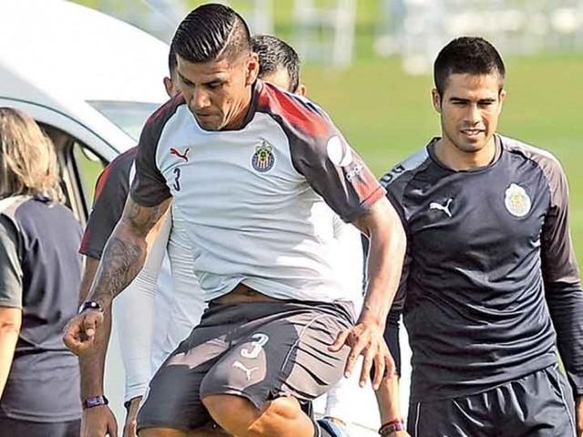 Carlos Salcido asegura que Chivas regresa mas fuerte