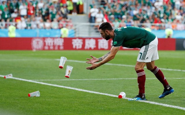 Otra vez multan a FMF  por mala conducta de los aficionados en México vs Suecia