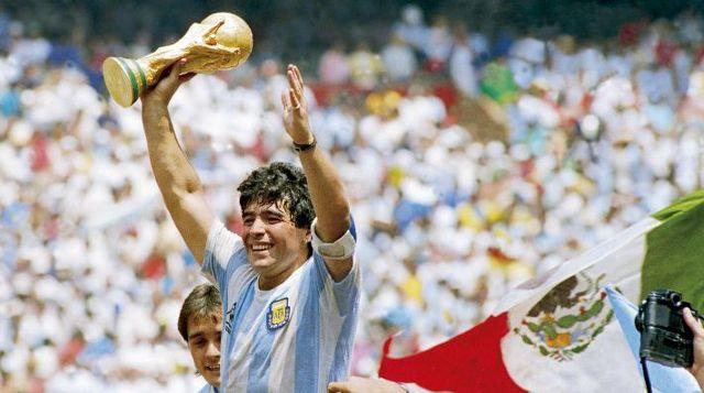En Pumas lloran a Maradona los futbolistas argentinos