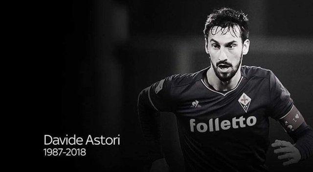 Equipos y Futbolistas en el mundo lamentan muerte de Davide Astori