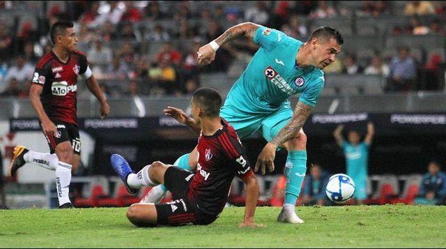 Milton Caraglio considera que Cruz Azul puede dar más