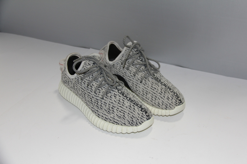 cd7216e107203 ADIDAS YEEZY BOOST 350 V1 TURTLE DOVE