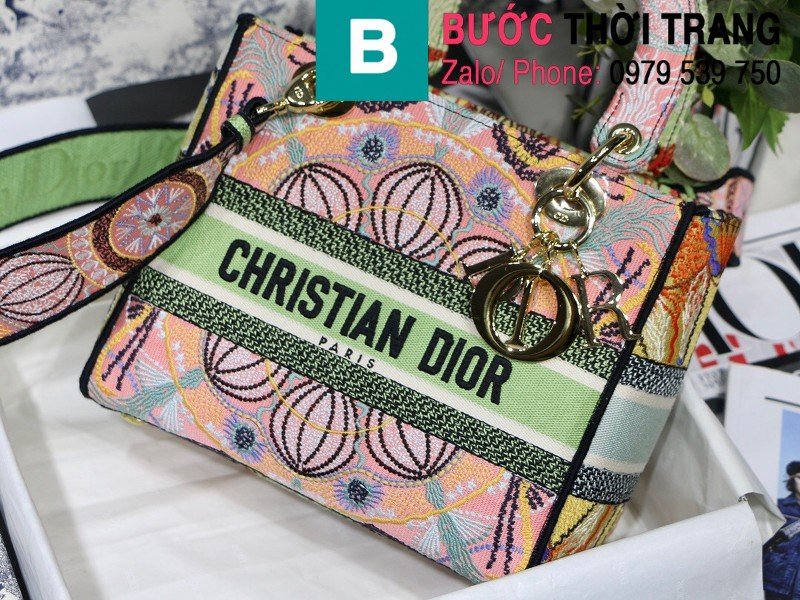 Túi xách Dior Lady siêu cấp vải casvan màu xanh hồng size 24cm