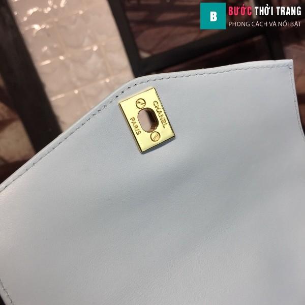 Túi xách đeo bụng Chanel siêu cấp màu xanh da bê size 17cm