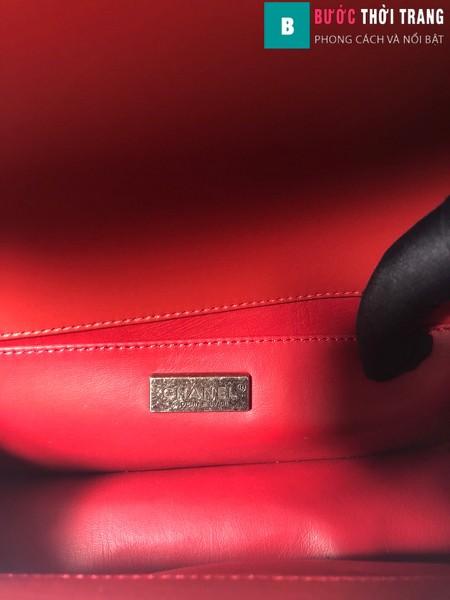Túi xách Chanel boy siêu cấp da cá đuối màu đỏ size 25 cm - A67086