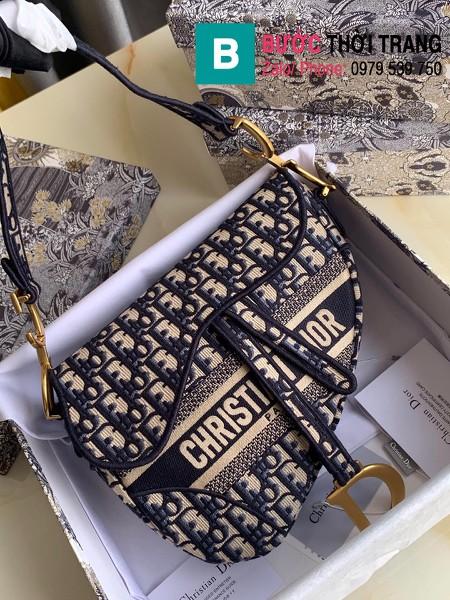 Túi xách Dior Saddle Bag siêu cấp chất liệu vải casvan màu xanh size 25.5cm