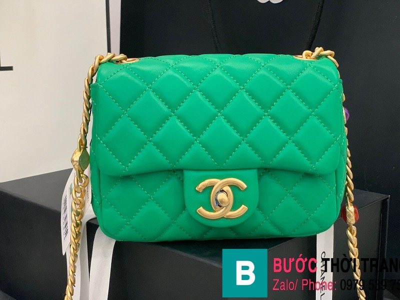 Túi đeo chéo Chanel Flap Bag siêu cấp da cừu màu xanh size 18cm AS2379