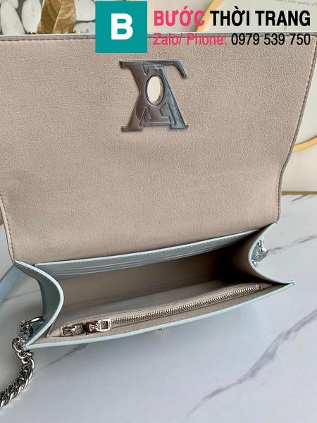 Túi xách Louis Vuitton Mylockme Clutch siêu cấp da bê màu xanh size 23.5 cm - M56136