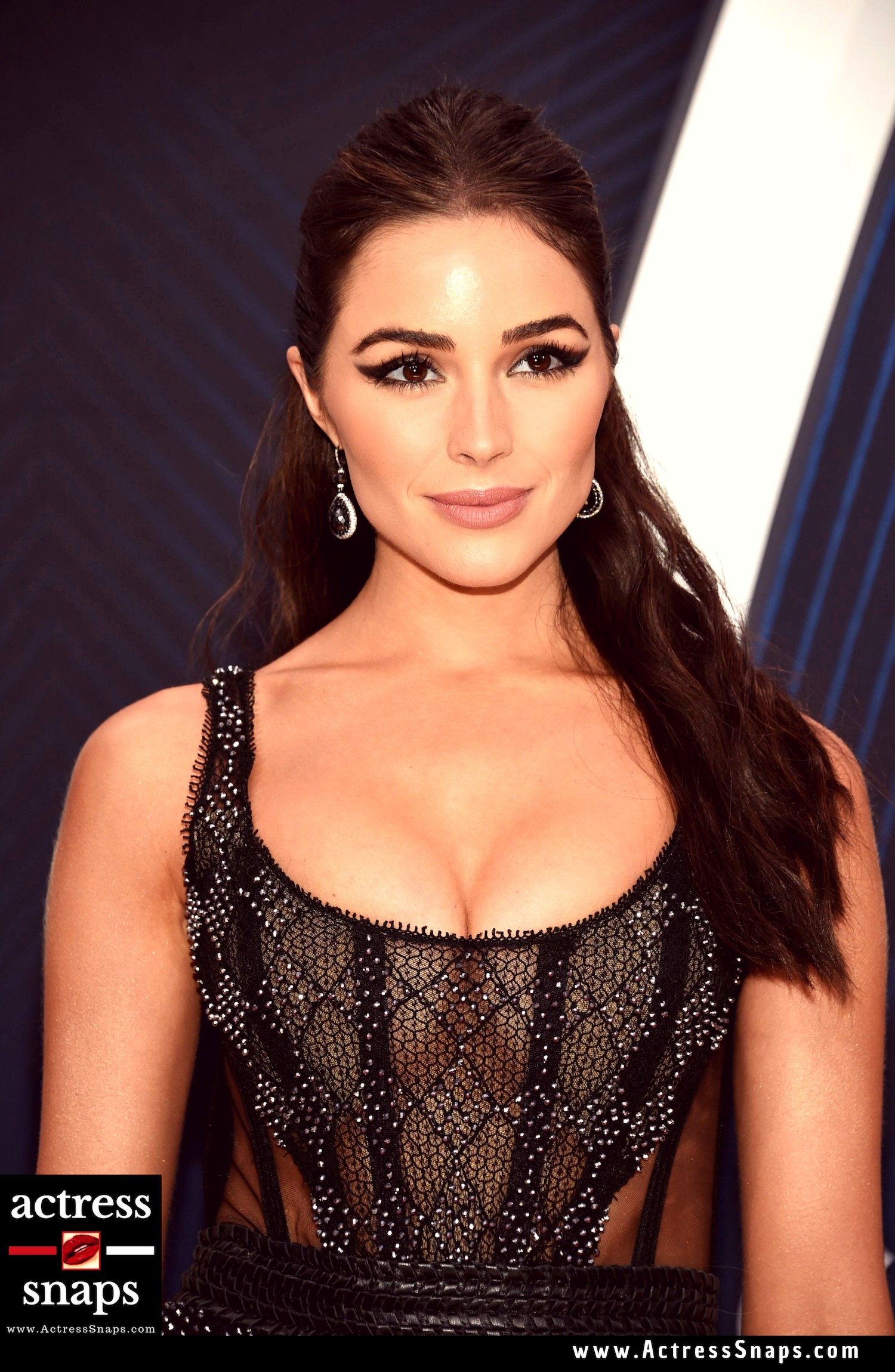 Sexy Olivia Culpo Pictures from her attending the Latest CMA Awards Night at Nashville